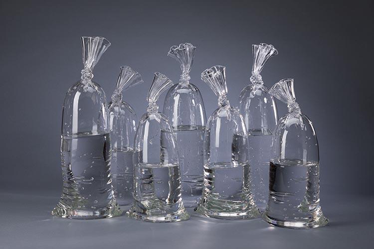 Water-Bags-dylan_martinez_esculturas_vidrio (1)