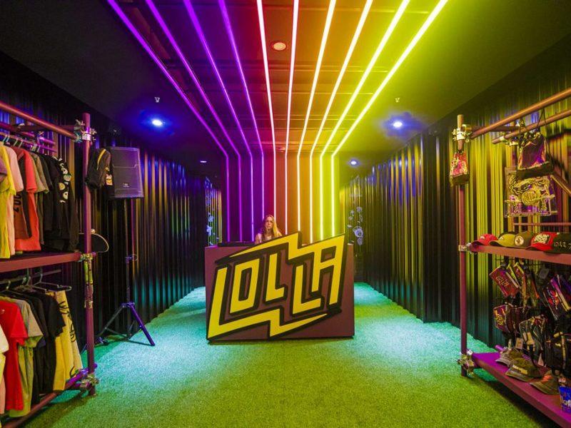 Lollapalooza shop pop up store dot shopping loqueva (4)