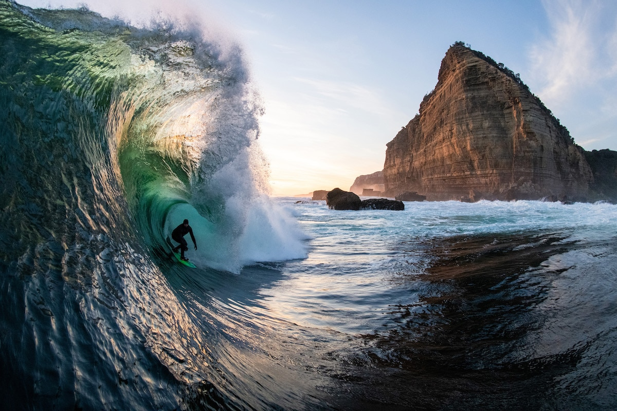 """Danny Sunset Stern"" por Stu Gibson 2020 Nikon Surf Photography"