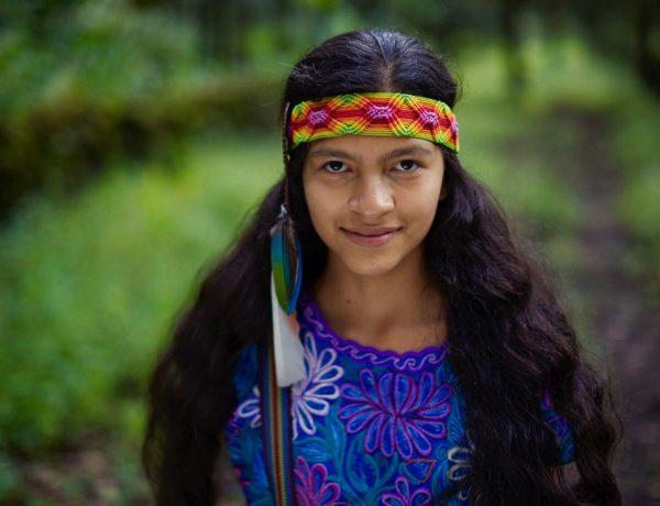 Ayakcihuatl, (Abuela Niña), Chamana Nahuatl de 13 años