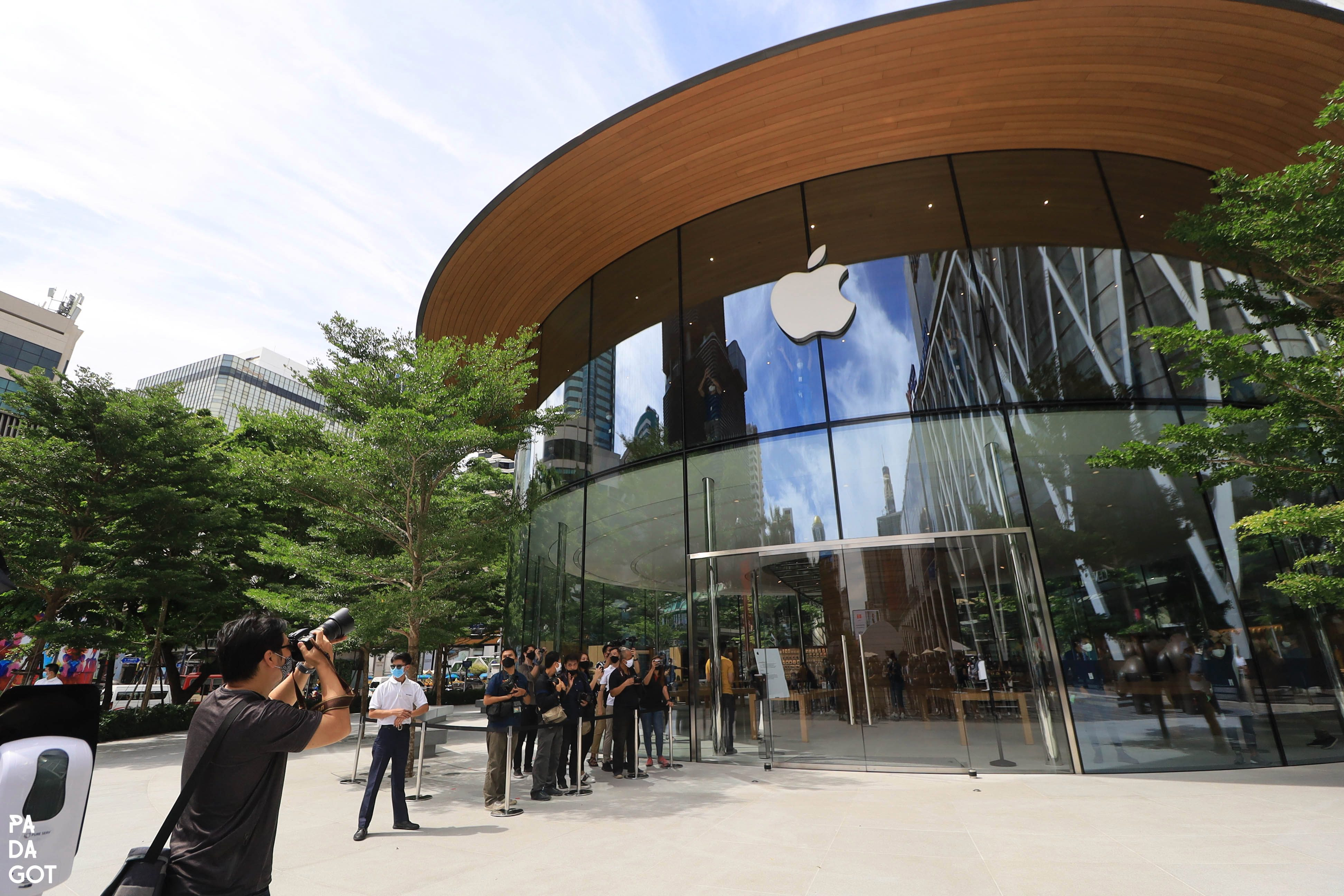 Apple World Center Bangkok Tailandia loqueva (4)