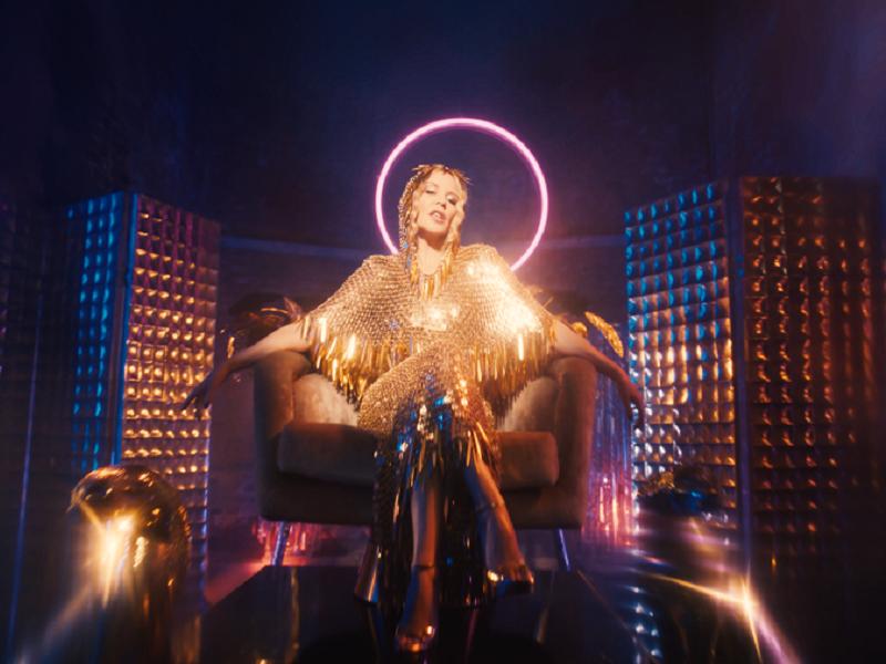 Kylie Minogue estrena el video de Magic, otro adelanto de su próximo álbum