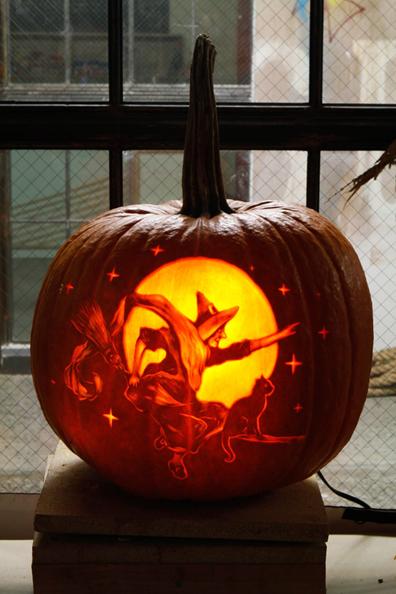Alice Cooper será el anfitrión de una experiencia de Halloween en Airbnb (6)