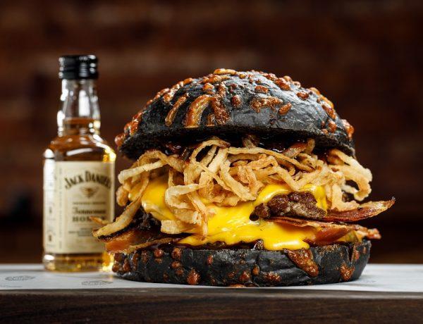 Jack Daniel's presenta el primer festival itinerante de hamburguesas y whiskey